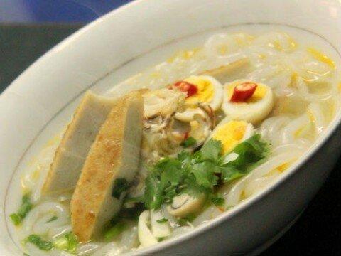 Bánh canh cua chả cá Nha Trang