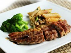 Bò bít tết sốt BBQ đúng chuẩn nhà hàng