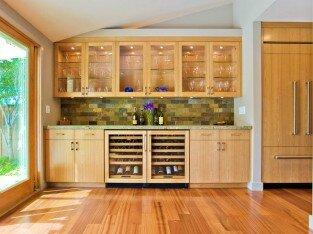 Ngụy trang tủ lạnh trong căn bếp