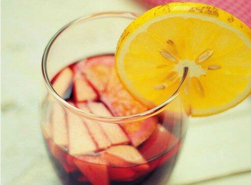 Sangria đỏ quyến rũ của Le Cottage Resto & Cafe