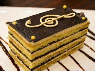 Bánh Opera ngọt ngào đến từ Gateaux Deli
