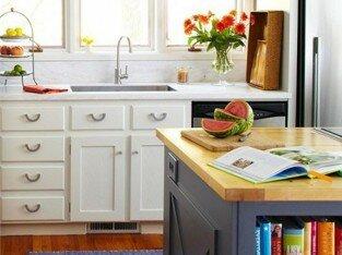 Tự tay sơn tủ bếp