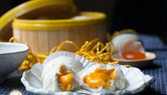 Bánh bao nhân trứng muối
