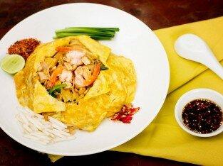 Hủ tiếu xào tôm trứng, niềm vui cuối ngày tại Chilli Thái