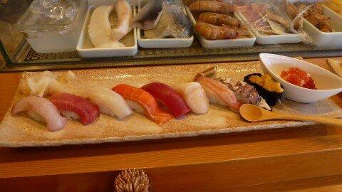 Sushi tươi ngon