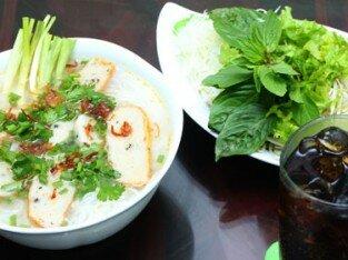 Bánh canh chả cá Phan Thiết... ngại gì không thử!