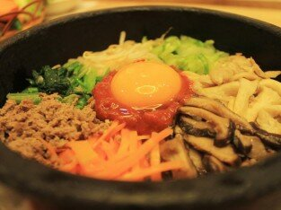 Hẹn hò ở nhà hàng Dea Jang Geum thưởng thức món Hàn