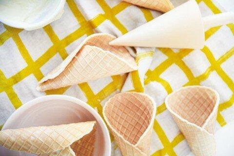 Cách làm vỏ kem ốc quế