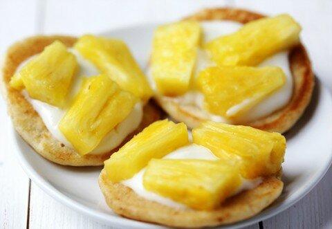 Bánh pancake trái cây