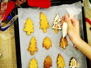 Làm bánh đón Noel ngon tuyệt với máy đánh trứng Fujipan