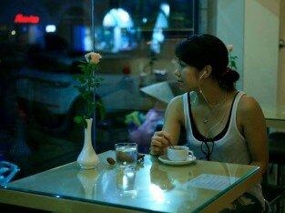 Nghỉ chân thưởng thức đồ uống tại Kalina caffe & Mart số 2 Bà Triệu