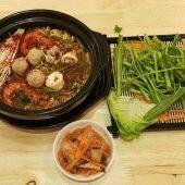 Món ăn Hàn Quốc đậm đà cho cả nhà tại Mì cay Kim