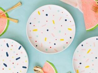 DIY trang trí đĩa họa tiết nhiều màu sắc