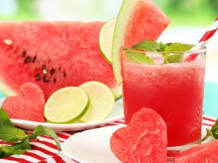 5 thực phẩm cần bổ sung ngay sau 1 ngày phơi nắng
