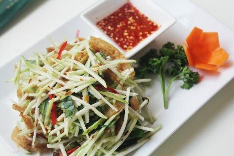 Thưởng thức món chay ngon, organic tại Quang Thảo chay 3