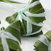 Cách gói bánh ú lá tre cổ truyền cho Tết Đoan Ngọ